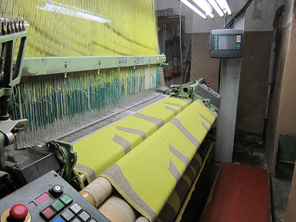 factory_weaving